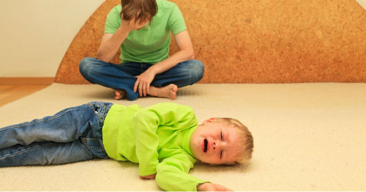 5 ways you are ruining your kids life 1