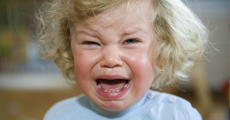 5 ways you are ruining your child's life 3