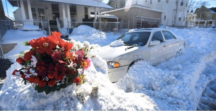 godupdates dad shoveled snow while mom and baby die in car