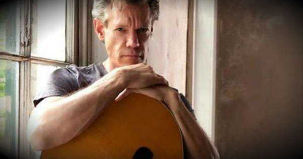 Randy Travis Sings For The First Time Since His Near-Fatal Stroke