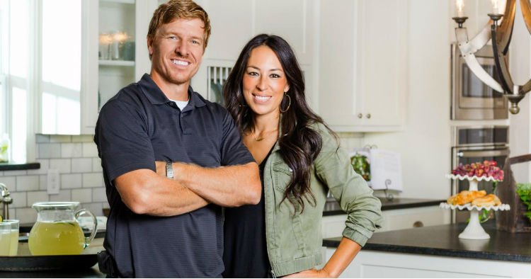 godupdates woman refuses to watch fixer upper 1