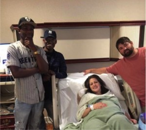 godupdates couple in labor accidentally texts strangers 4