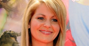 godupdates did candace cameron bure compromise family values on fuller house 1