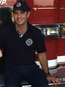 godupdates act of kindness firefighter pays electric bill for struggling family 1