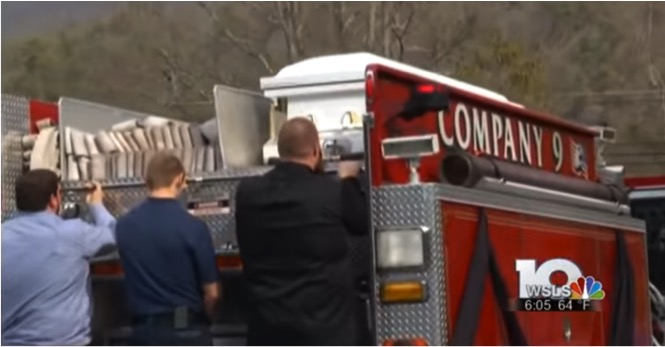godupdates firetruck carries casket of firefighter with muscular distrophy 4