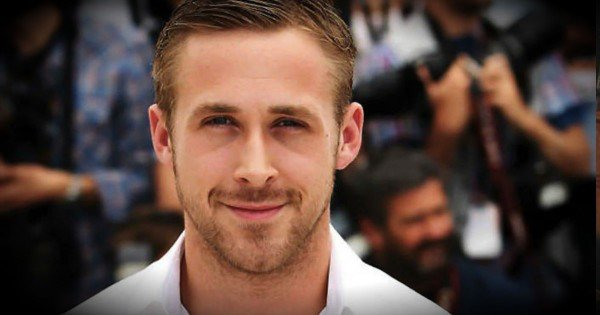 Ryan Gosling Jumps Out Of The Car On A Busy Highway