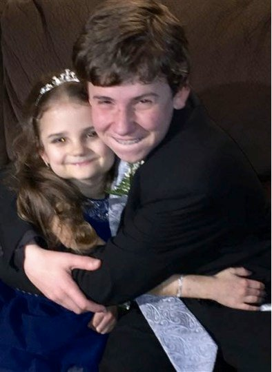 godupdates teen asked his little sister with terminal illness to dance 5
