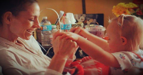 The Tear-Jerking Reason Joey Feek's Daughter Hasn't Asked About Her