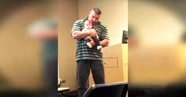 Professor's Act Of Kindness For Student Mom Is Adorable