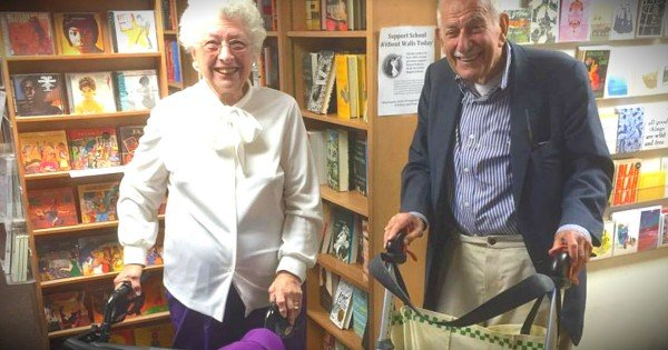 Two 90-Year-Olds Meet For A Blind Date And The Internet Swooned