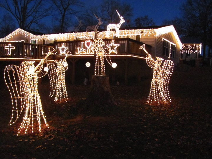 2 Angels Visit A Dying Man's Light Display With A Miracle