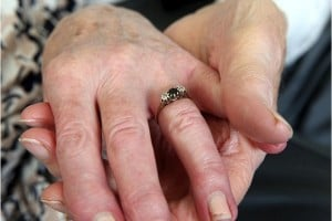 godupdates veteran to wed fiance 70 years after they split 5
