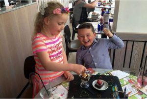 godupdates 5-year-old saves birthday money for first date 6