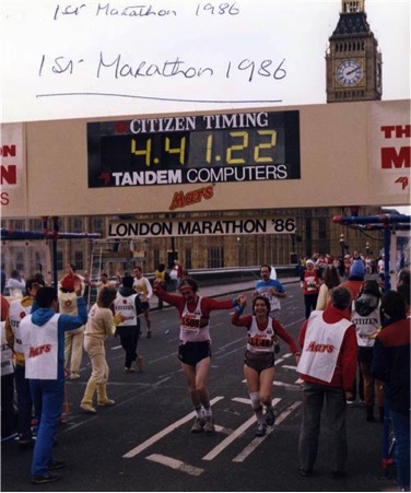 godupdates 80-year-old couple celebrates 57th wedding anniversary running marathon 1
