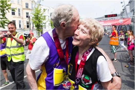 godupdates 80-year-old couple celebrates 57th wedding anniversary running marathon 6