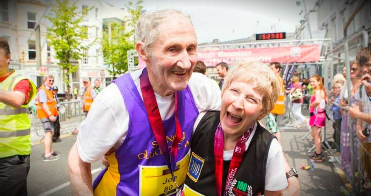Marathon couple races together for th wedding anniversary
