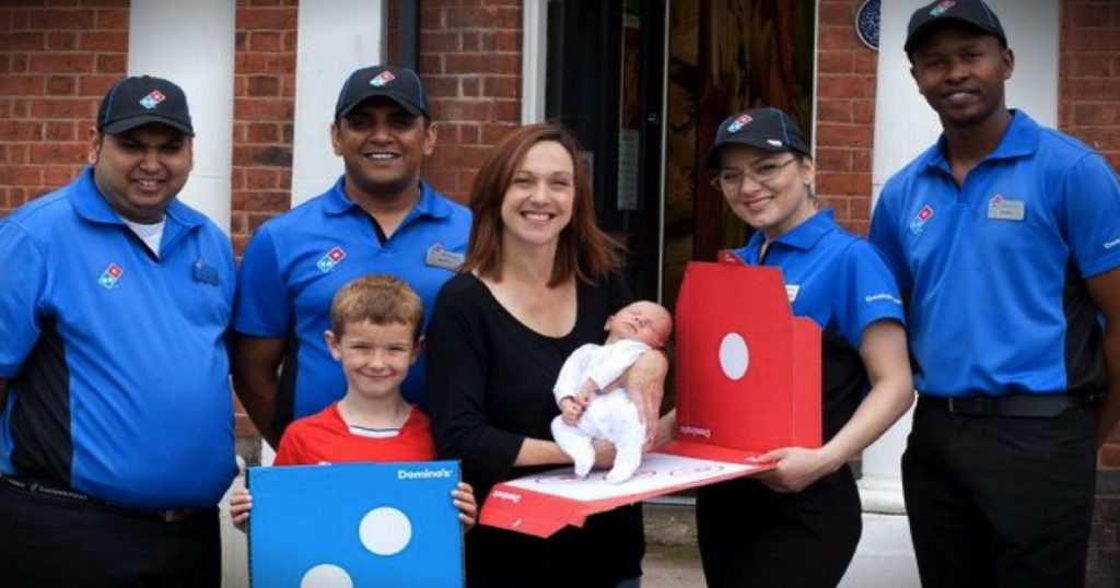 godupdates dominos pizza delivery baby born in parking lot fb