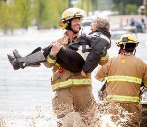 godupdates viral photo smiling firefighter 2