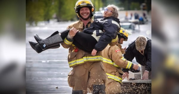 Elderly Lady Cracks Firefighter Up In The Midst Of Her Rescue