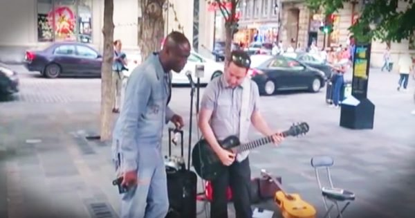 Singer Seal's Surprise Duet With A Street Performer