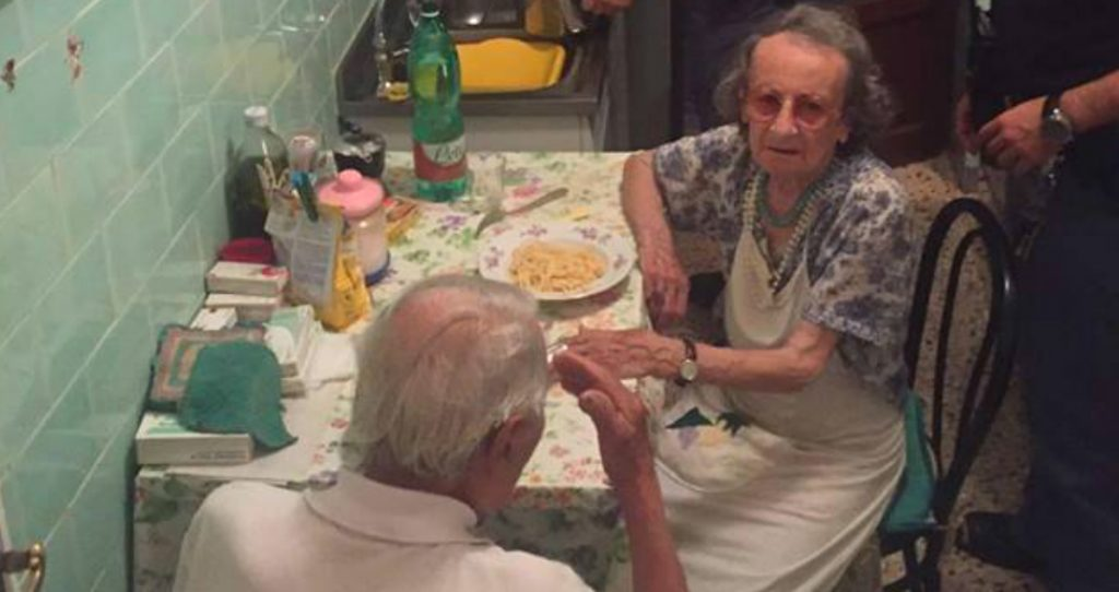 godupdates police fix meal for lonely elderly couple 1