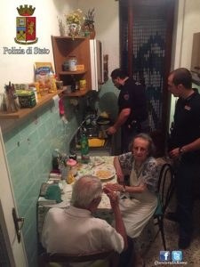 godupdates police fix meal for lonely elderly couple 2