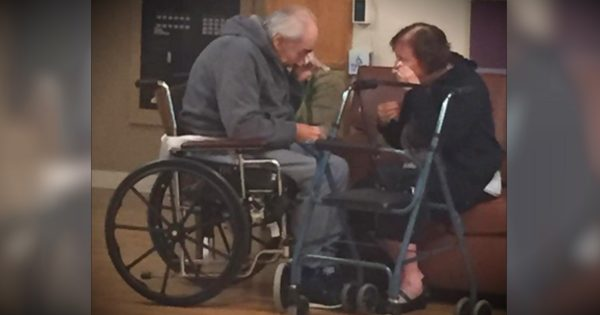 This Photo Of An Elderly Couple Crying Has The Internet Weeping, Too
