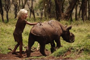 godupdates-tiva-and-lola-little-girl-gets-rhino-instead-of-puppy-10