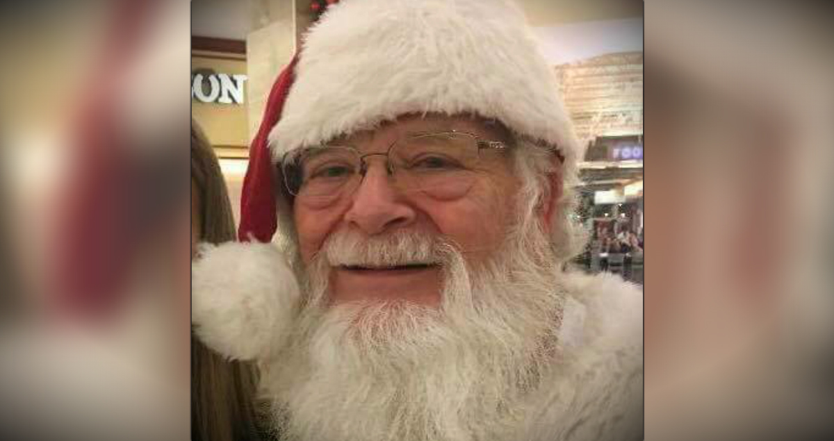 girl with back brace meets santa _ godupdates
