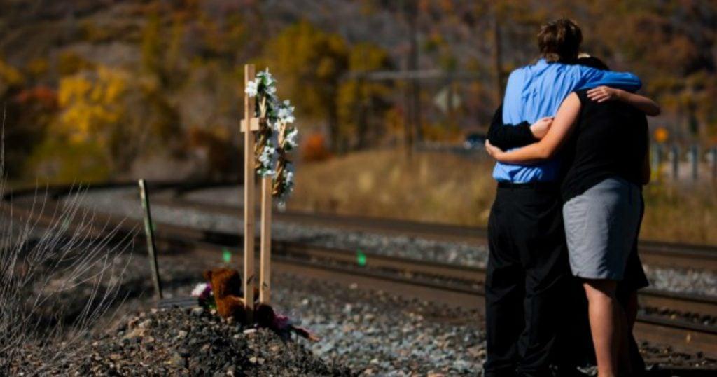 godupdates train track selfie tragedy 2