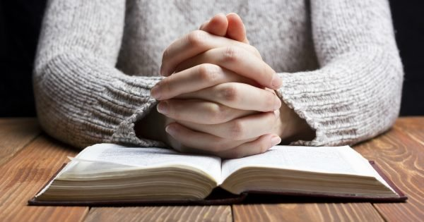 Boost Your Prayer Life With These 25 Quick Tips And Reminders