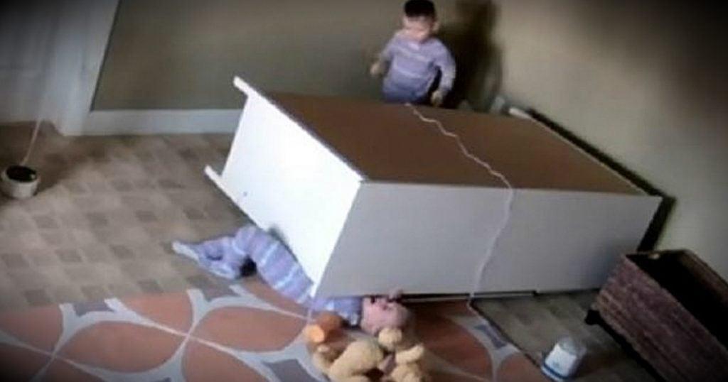 godupdates toddler saves twin brother fallen dresser warning fb