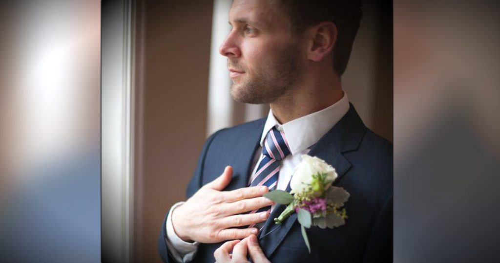 Gift For Bride From Groom Before Wedding : Grooms Tie Is Special Gift From Bride Who Prayed Over It Since ...