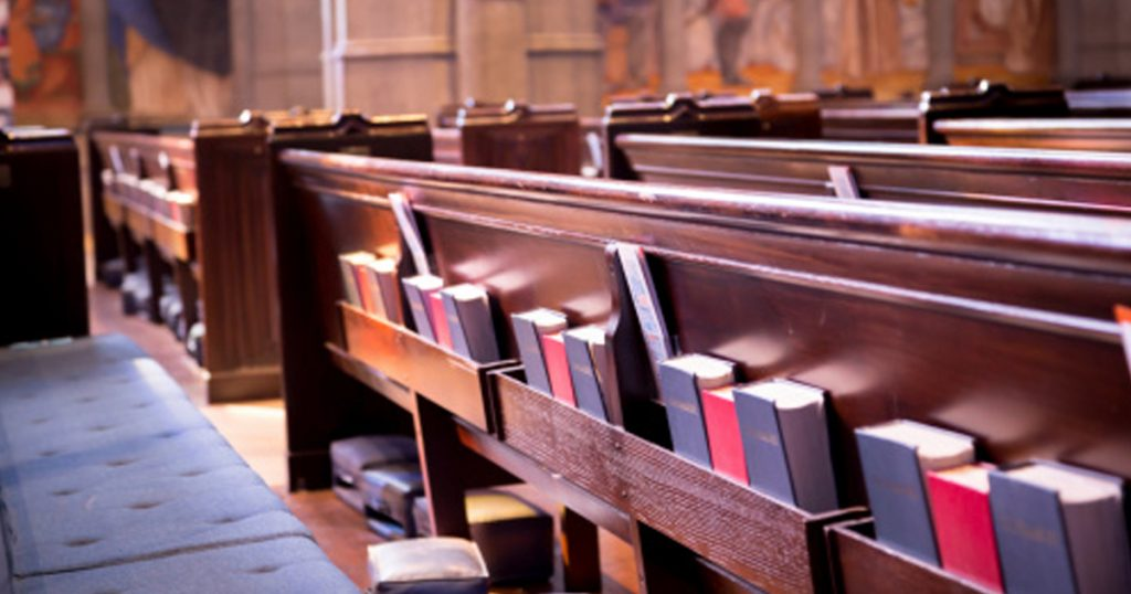 14 Reasons Why We Should Go Back to Using Hymnals In Worship _ hymnals_ pew _ godupdates