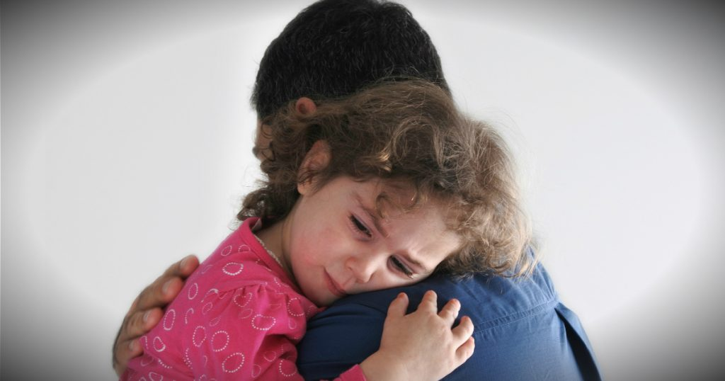 godupdates Good Samaritan bought a plane ticket for distraught dad's daughter fb