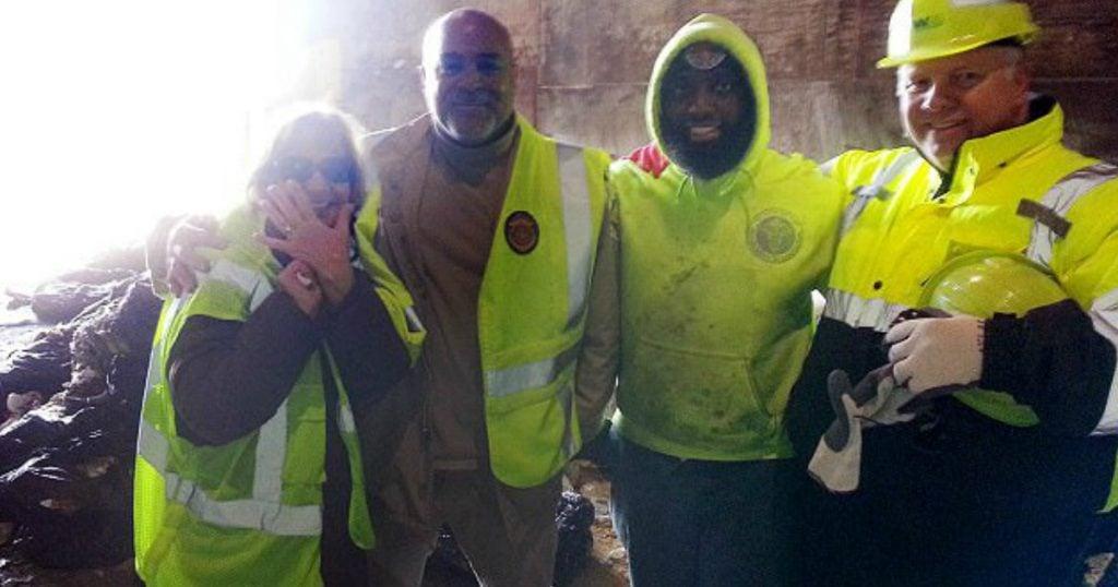 godupdates garbage men help find wedding ring in the trash 1