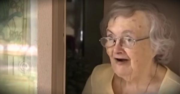 Worried Sick, Grandson Sends Pizza Delivery Guy To Check On Grandma