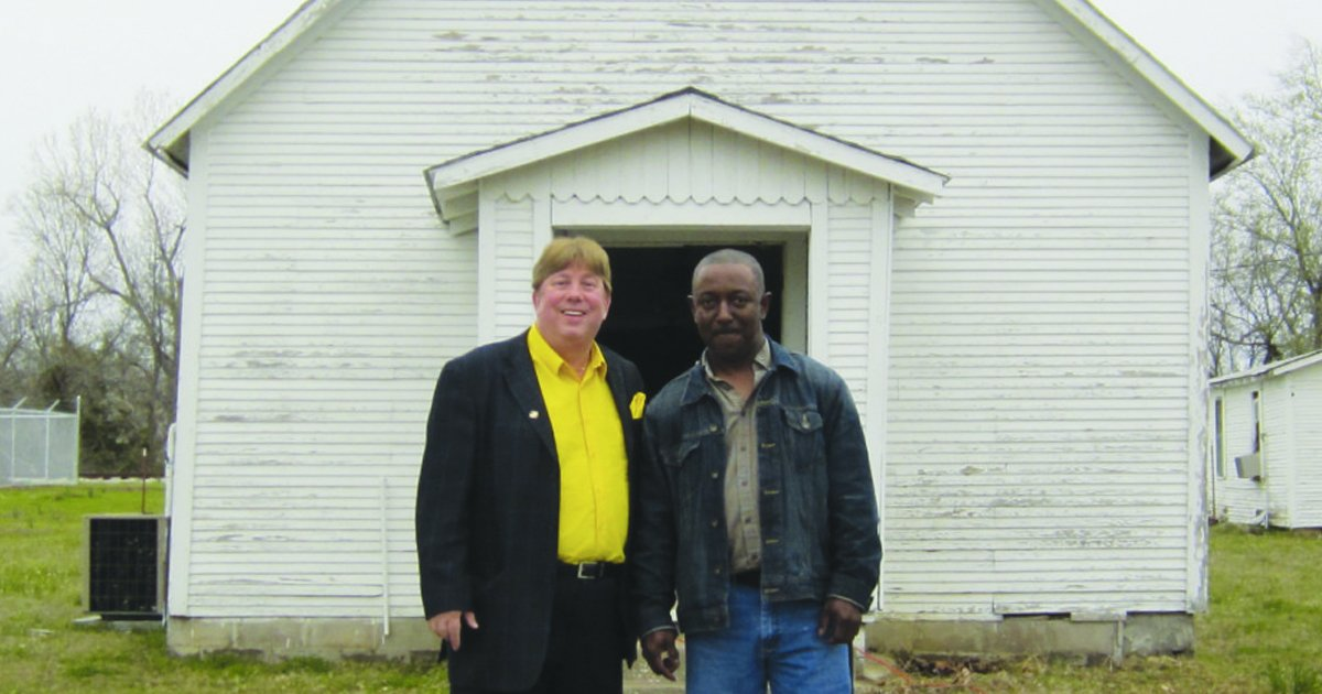 A Black Pastor And God's Love Changed The Heart Of A KKK Leader _ Everything Inspirational