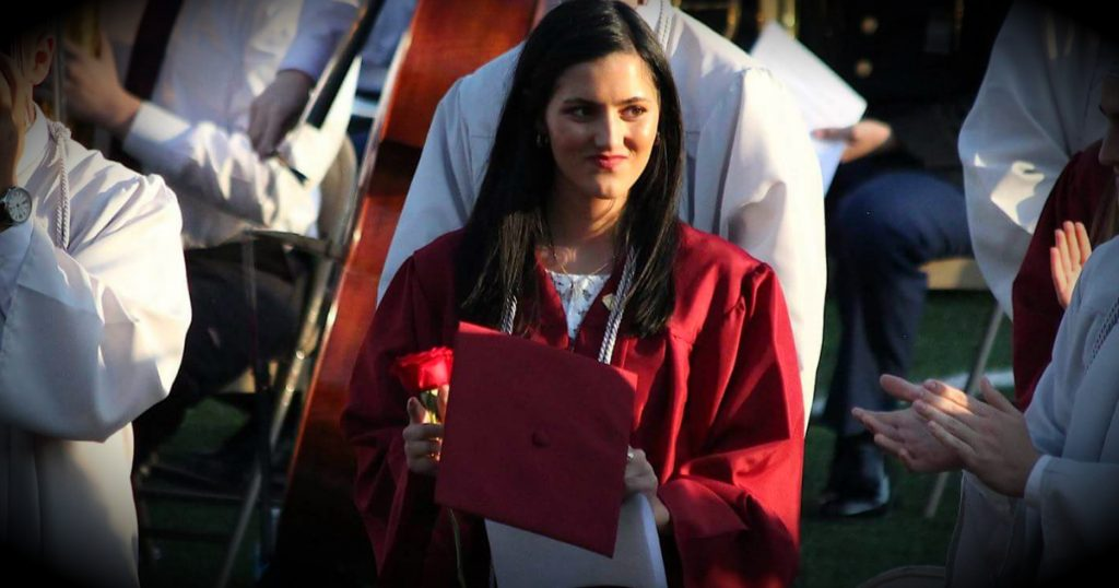 godupdates high school banned jesus from Christian student's graduation speech fb