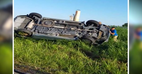 Good Samaritans Rescue Family Of 6 Trapped Inside Flipped Van