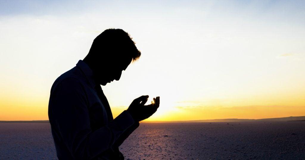 godupdates 4 ways to pray when bad news comes fb
