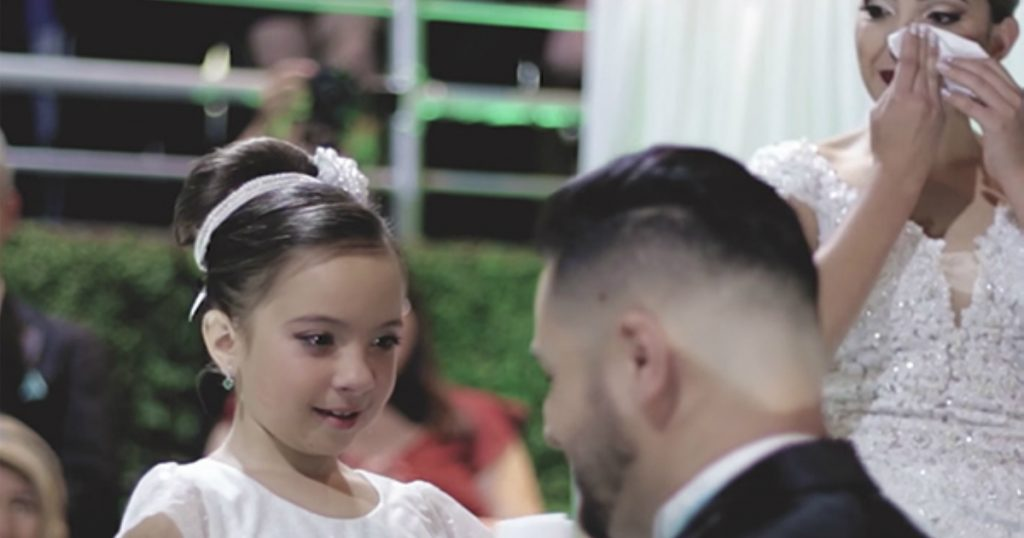 godupdates groom's profession of love for bride's 8-year-old daughter 1