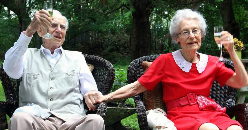 godupdates wwii lovebirds died hours apart after 75 years of marriage 3