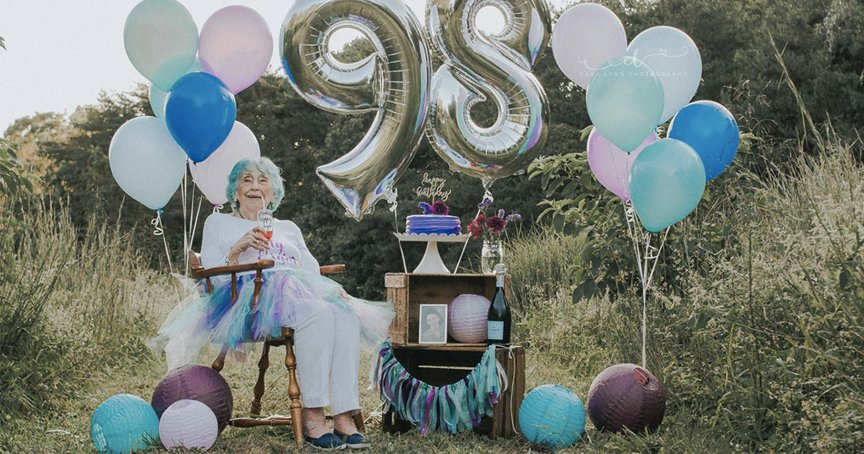 Granddaughter Surprises 98-Yr-Old Grandma With Birthday Photo Shoot _ god updates
