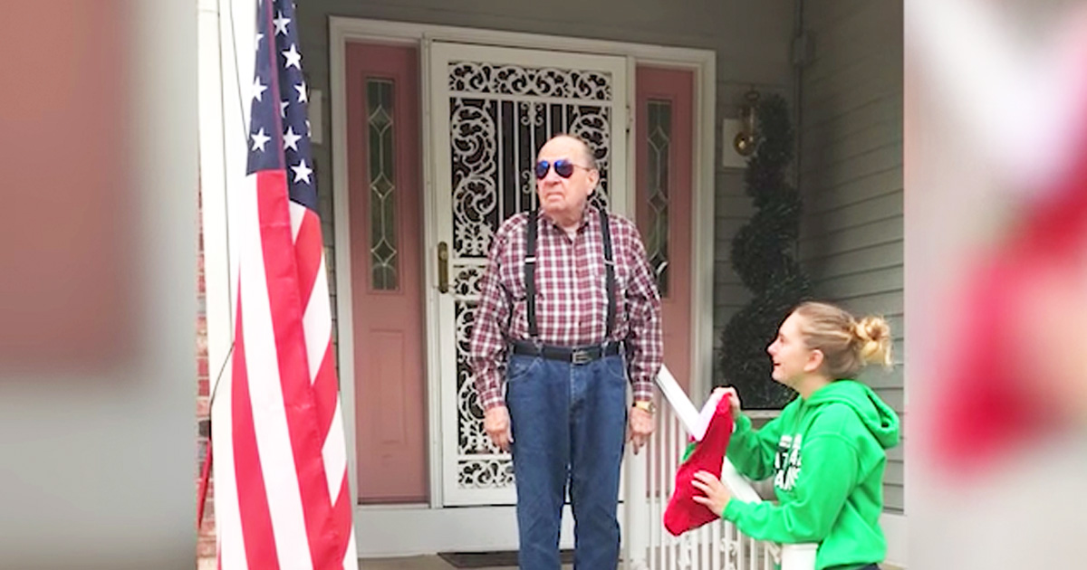 Colorblind Veteran Sees The Flag With Color For The First Time