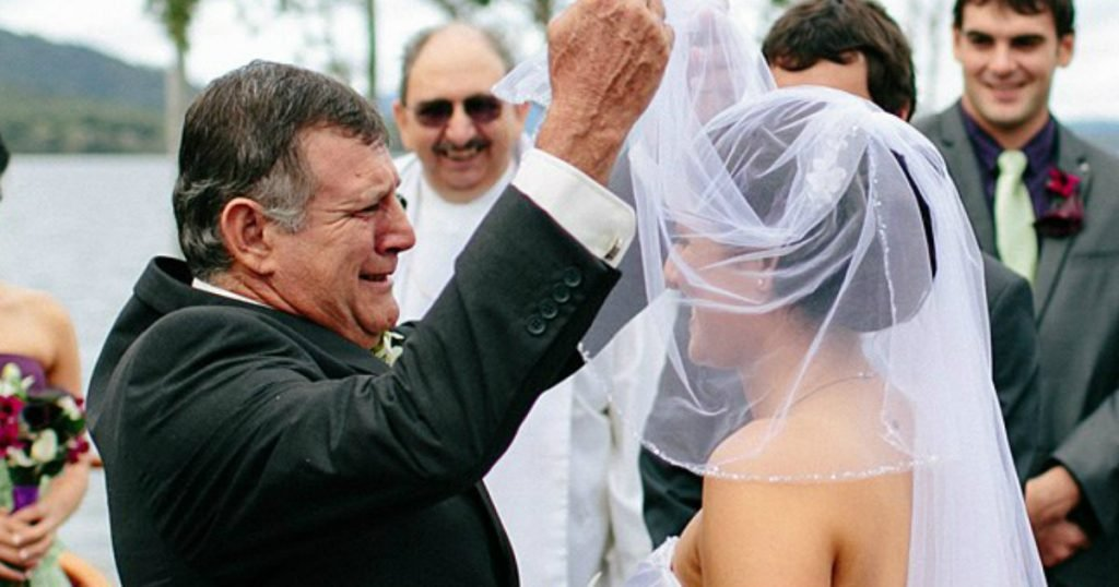 godupdates 10 Times Where Father Of The Bride Breaks Down 3