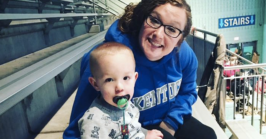 Woman Overdosed With Baby Boy In Car, Then Posts The Photo Online _ erika hurt _ godupdates