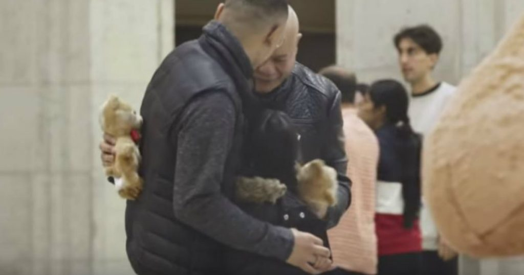 godupdates families come together through bear hug