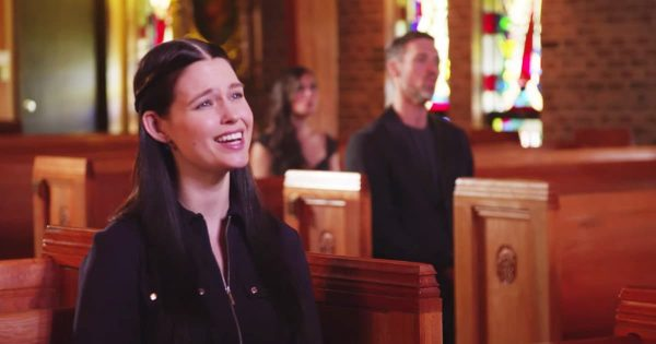 A Cappella Singers Perform Beautiful 'Mary Did You Know' Cover