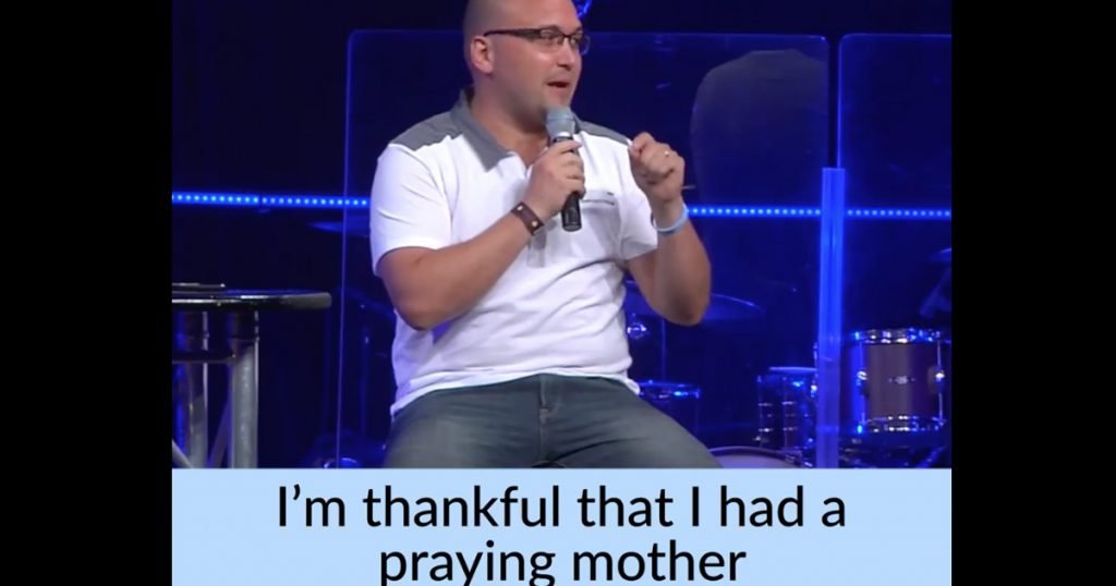 Former Drug Addict Bobby Bledsoe Become Pastor Because Of Praying Mom